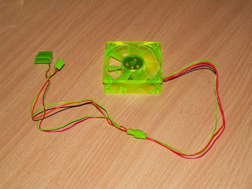 Разъемы и кабели вентилятора Akasa UV-Reactive Green Fan