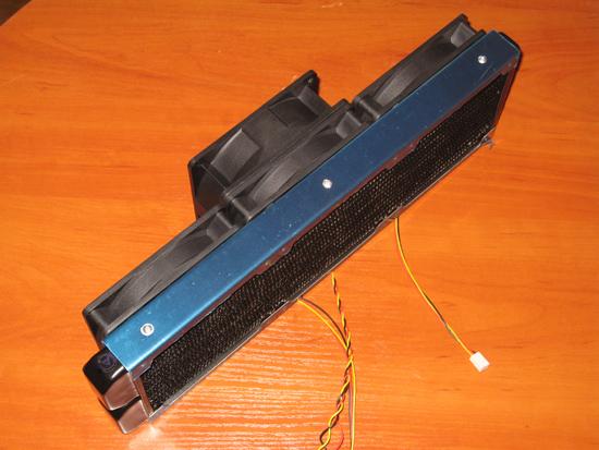 Вид сбоку на радиатор с проставкой