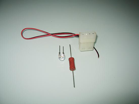 Molex разъем с кабелем, а также светодиод с резистором