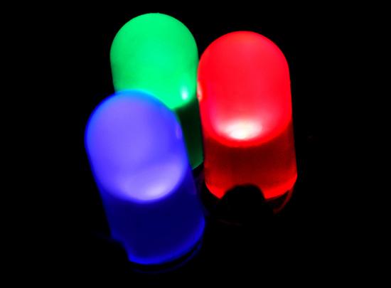 Свечение светодидов с диффузным (цветным) корпусом