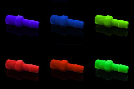 Пластиковые фитинги бывают любых цветов