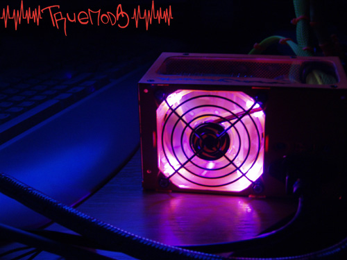 Светодиодная подсветка вентилятора в БП