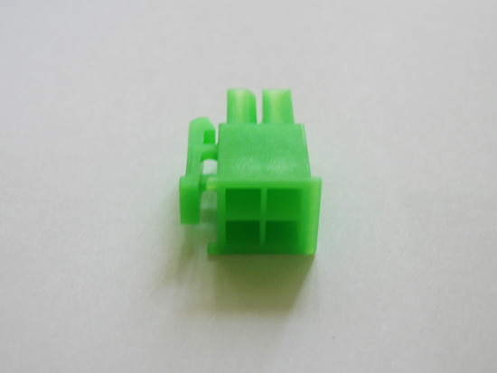 Разъем P4-12V 4-pin на боку