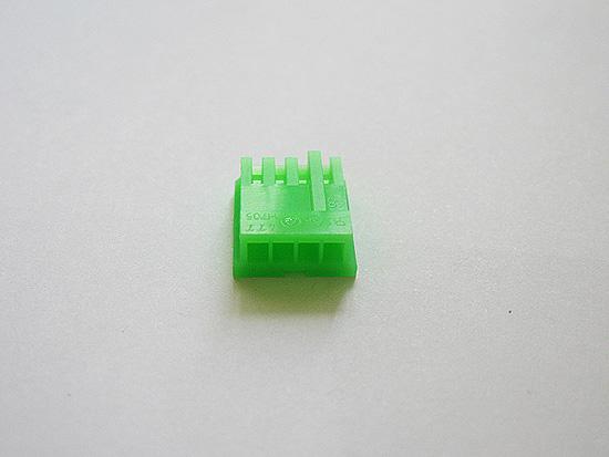 Коннектор для питания дисковода, вид сзади