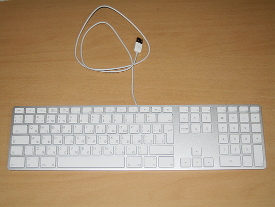 Общий вид клавиатуры Apple Keyboard