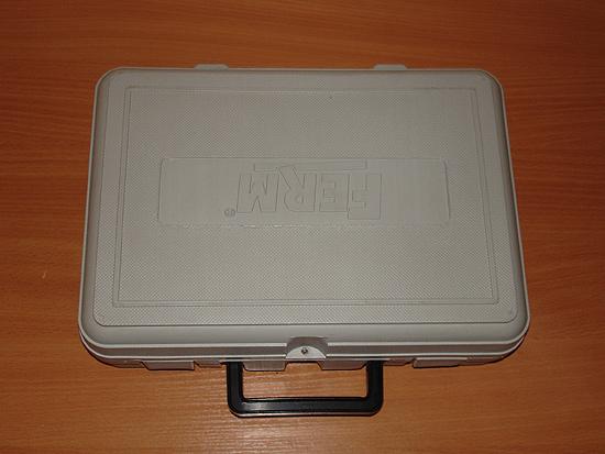 Удобный пластиковый чемонданчик — традиционная упаковка многих дремелей
