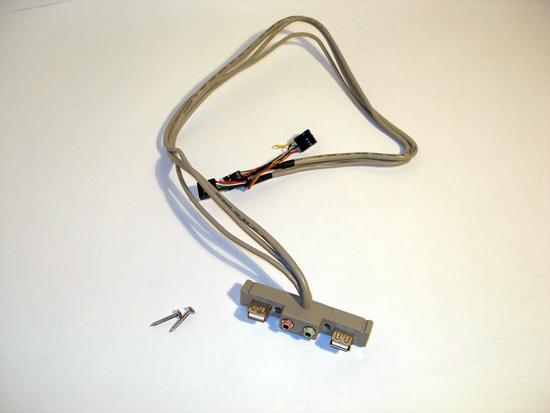 I/O панель с USB и аудио разъемами