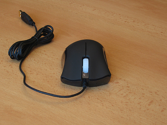 Общий вид мыши Razer DeathAdder 3500