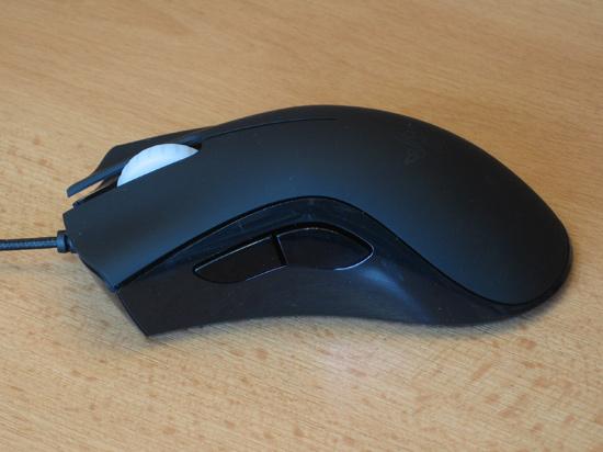 Левая сторона мышки с дополнительными клавишами