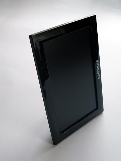 Портретная ориентация монитора Samsung U70