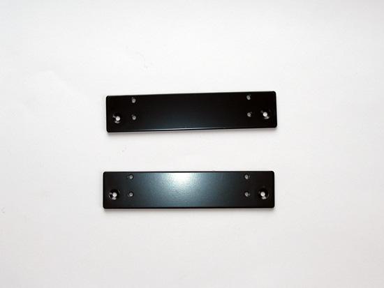 Пара черный стальных крепежных пластин
