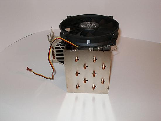 Тепловые трубки будут идти перпендикулярно разъемам оперативной памяти