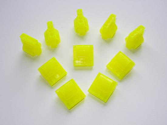 Десять комплектных коннекторов из набора Sunbeam EZ-Grip Molex Connector Kit