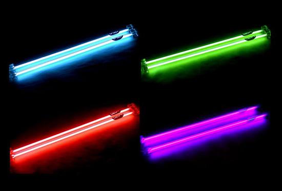 Примеры наборов ламп Vizo Cold Cathode Light в синем, зеленом, красном и ультрафиолетовом цветах