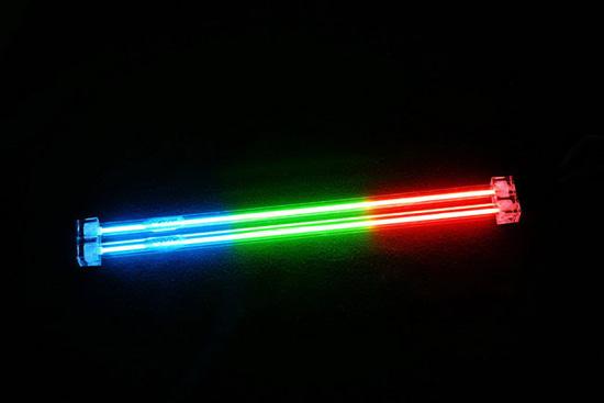 Трехцветные (крано-зелено-синие) лампы марки Vizo