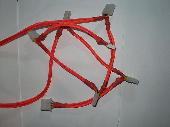 «Косички» с молекс разъемами полностью закрыты оплеткой