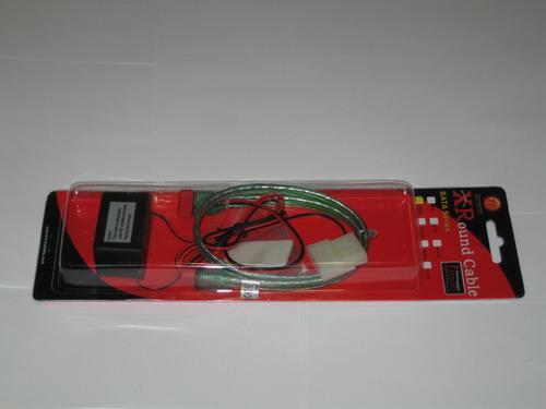 Зеленый кабель XRound SATA EL в упаковке