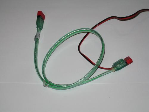 Зеленый SATA кабель