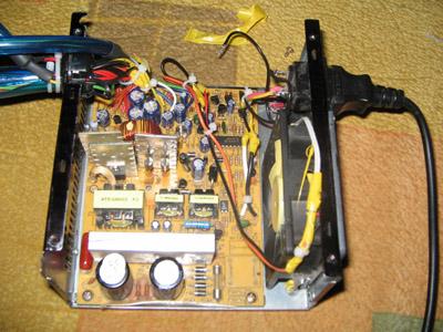 Установлен вентилятор с подсветкой