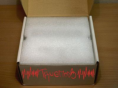 Открытая коробка с Aerogate II
