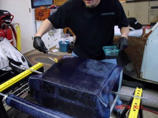 pcjunkie209 изготавливает детали из углеродного волокна