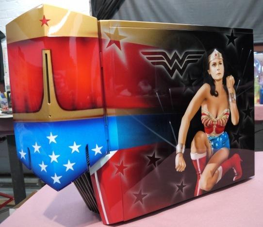 Качественная аэрография на качественном корпусе в проекте Wonder Woman