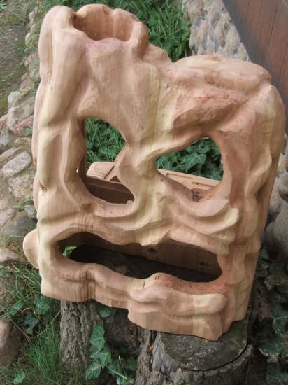 Обратная сторона деревянного корпуса