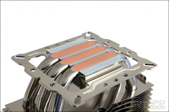 Кулер Alpenfohn Triglav может похвастаться основанием с технологией прямого контакта