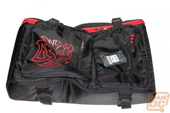 Общий вид сумки Thermaltake Battle Dragon Bag для фанатов лан-пати