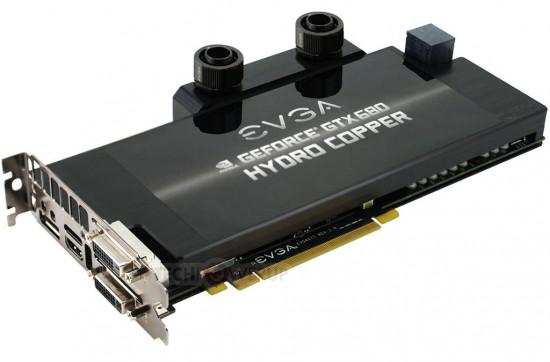 Общий вид видеокарты GeForce GTX 680 Hydro Copper от EVGA
