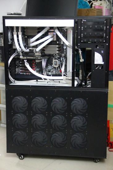 Огромный размер моддинг проекта Dual WC Case for SR-2