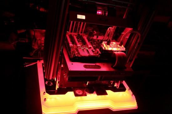 Вид проекта Lian-Li PitStop T60 Red на данный момент
