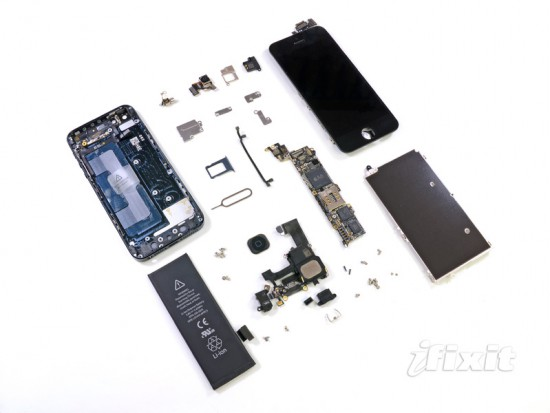 The new iPhone 5 in a fully disassembled state