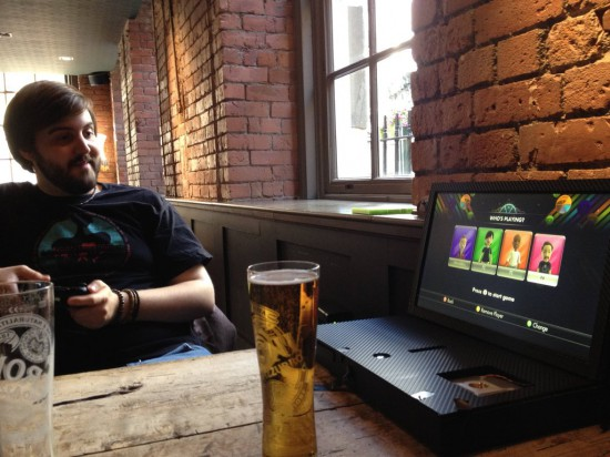 Using the Xbox 360 gaming laptop in a bar