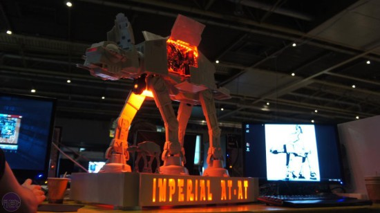 Моддинг проект Imperial AT-AT от моддера Sander van der Velden (ASPHIAX)