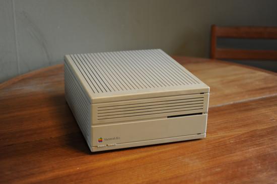 Общий вид компьютера Apple Macintosh IIcx