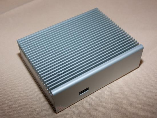 Общий вид алюминиевого NUC корпуса от компании Streacom