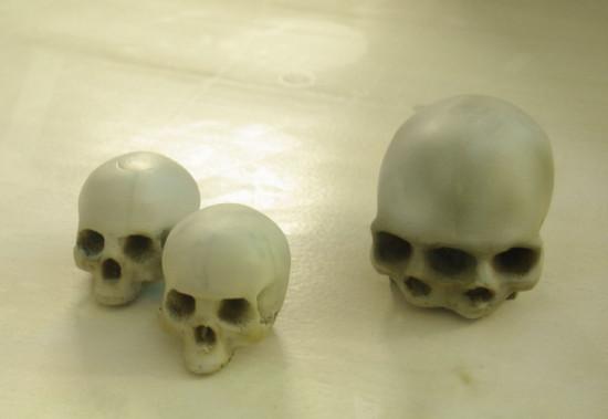 Черепа, напечатанные на 3D принтере, которые применят в моддинг проекте 6 6 6