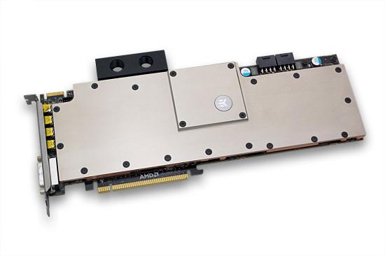 Ватерблок EK Waterblocks EK-FCS10000 установлен на видеокарту AMD FirePro S10000