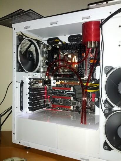 Вид моддинг проекта Sickrig002 Fractal R4 & AquaComputer от моддера sntmods на данном этапе