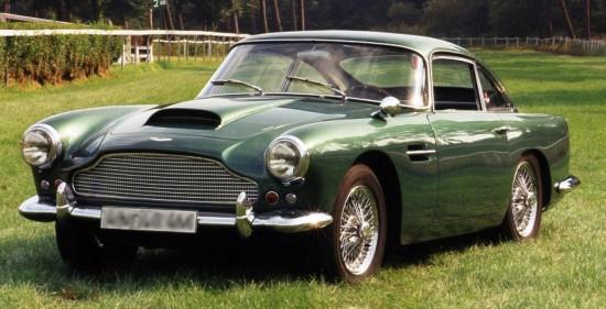 Aston Martin DB4 — шедевр британского автопрома, с которыми корпус от Streacom делит название