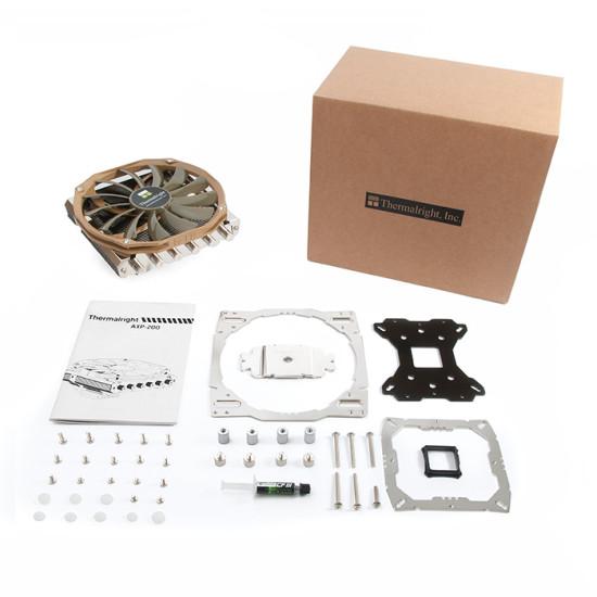 Упаковка и комплект поставки кулера Thermalright AXP-200
