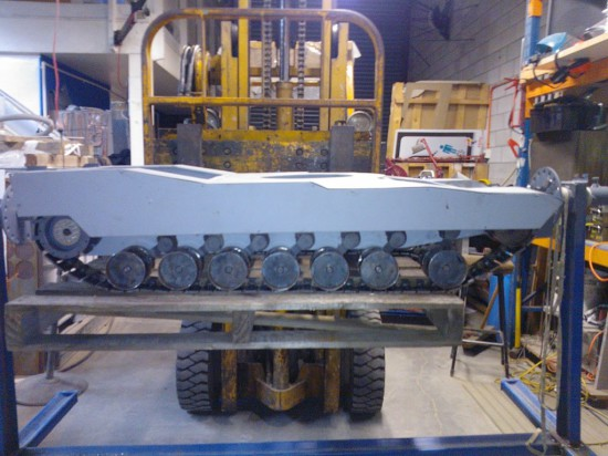 Вид моддинг проекта 1/5th RC Abrams M1A2 Case Build на данном этапе