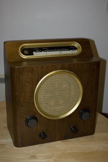 Вид моддинг проекта Valve radio conversion на данном этапе
