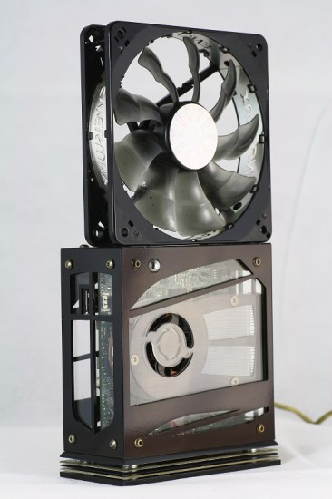 Сравнение размера проекта Intranuc с 120 мм вентилятором