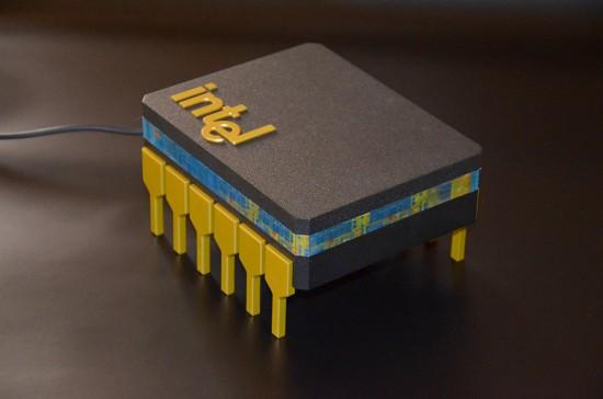 Общий вид моддинг проекта The microprocessor в три четверти