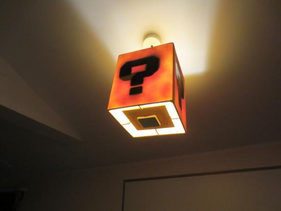 Общий вид светильника Super Mario Lamp