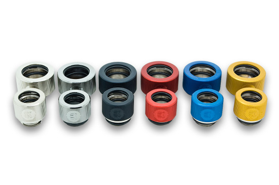 Фитинги для 16 мм трубок на фоне фитингов для 12 мм трубок