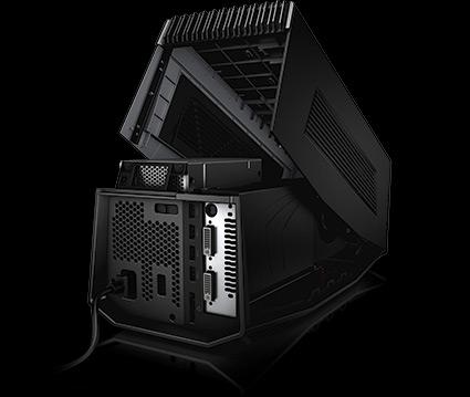 Alienware Graphics Amplifier с поднятой крышкой